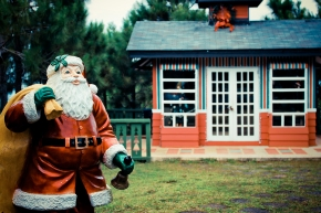 Crosswinds, Tagaytay, Santa Claus
