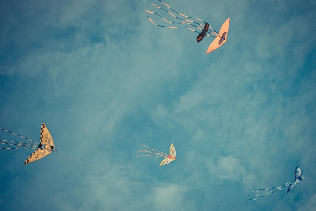 Clark, Hot Air Balloon, Kite